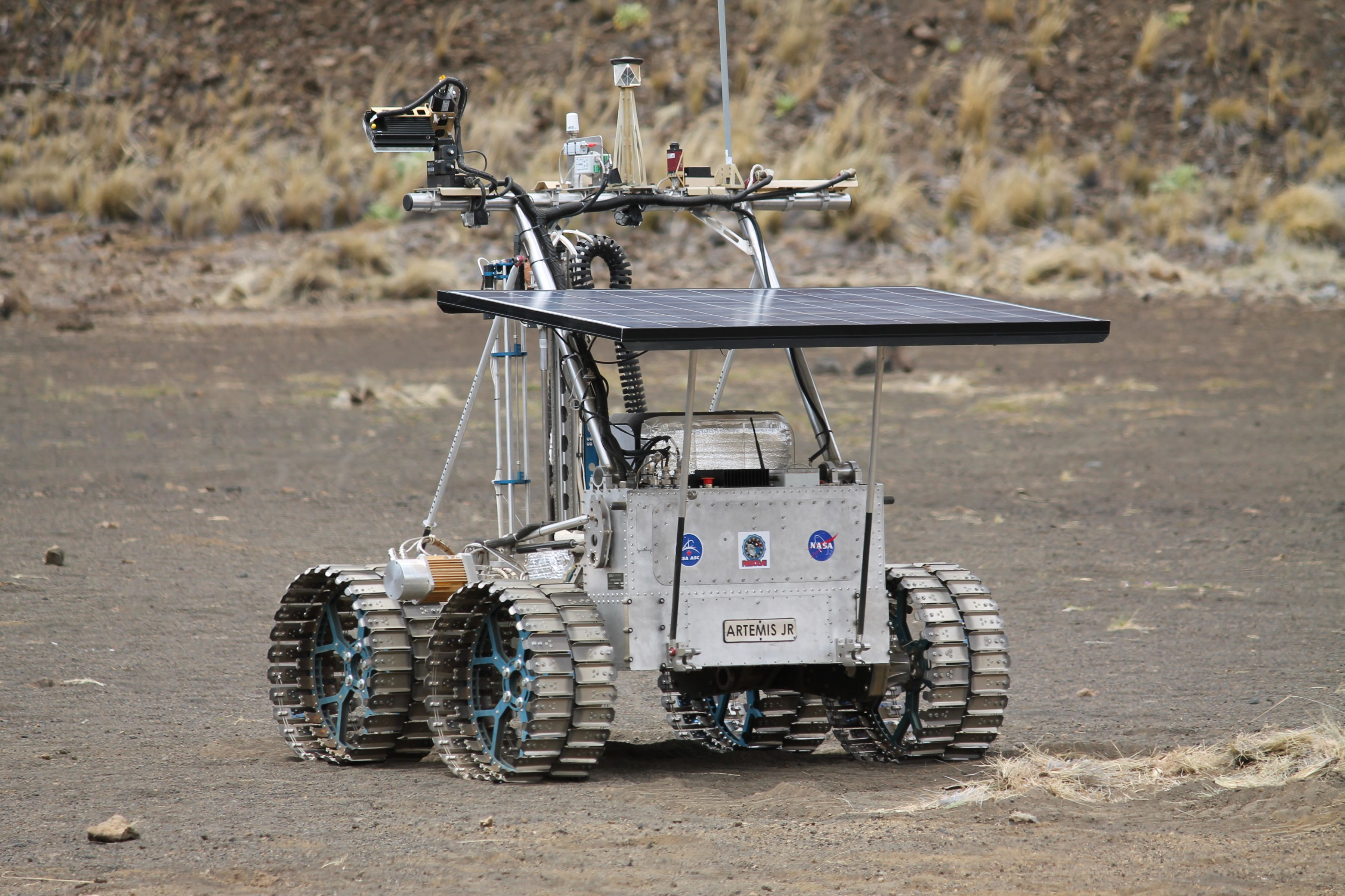 ARTEMIS JR equipped with metal wheels and a NASA payload on test in Hawaii.
